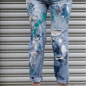 LIGHT WASH HIGH WAISTED VNTG STYLE PAINT JEANS